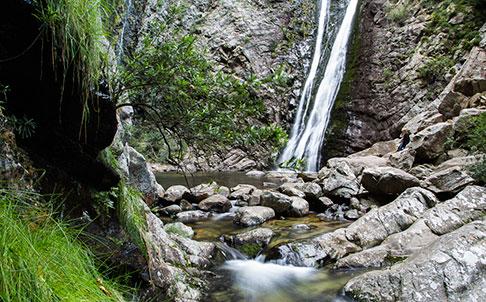 rust-en-vrede-waterfall